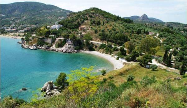 Παραλία Αρχαίας Ασίνης στην Ασίνη