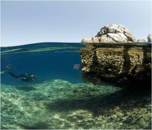 Snorkelling (Sunken City)